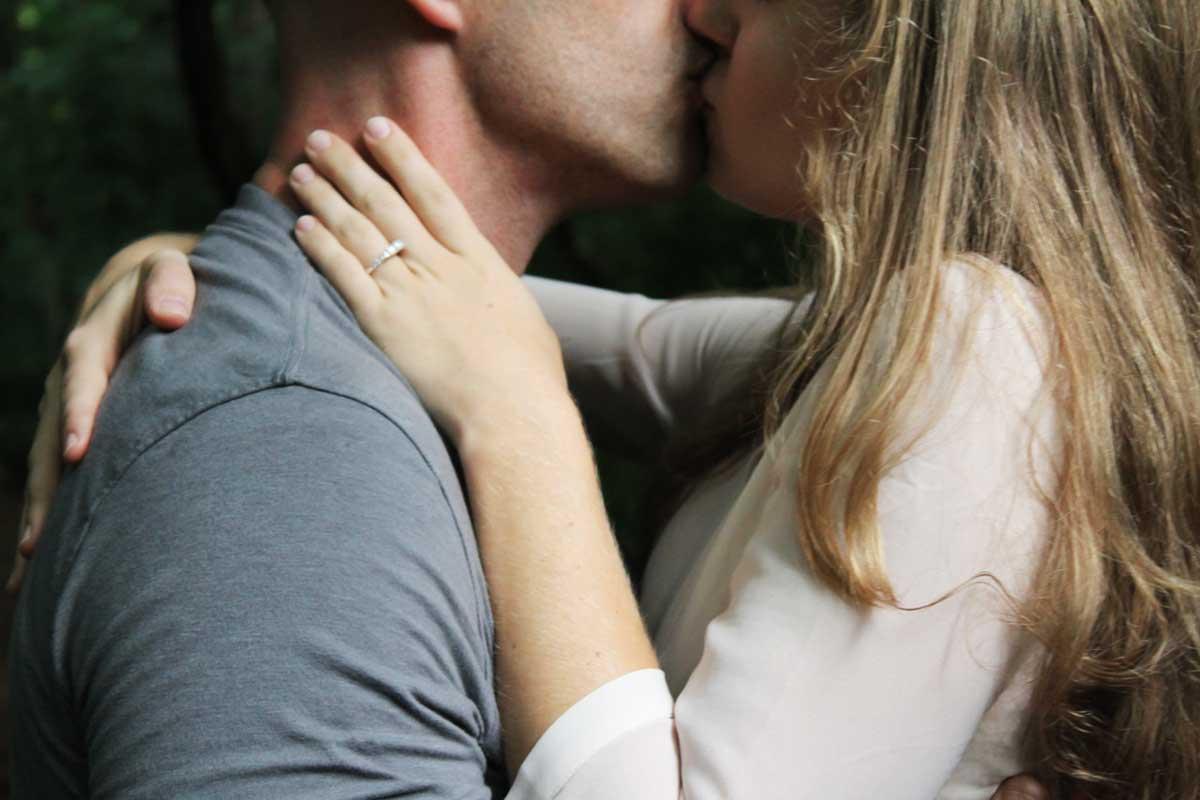 kiedy pocałować dziewczynę